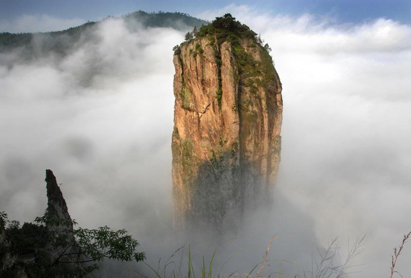 鼎湖峰景点